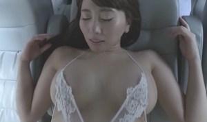森咲智美 性欲を抑えられないカップルの疑似セックスがエロ過ぎる