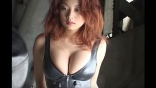 小池栄子 強烈なおっぱいボディを披露するグラビア時代がヤバイ